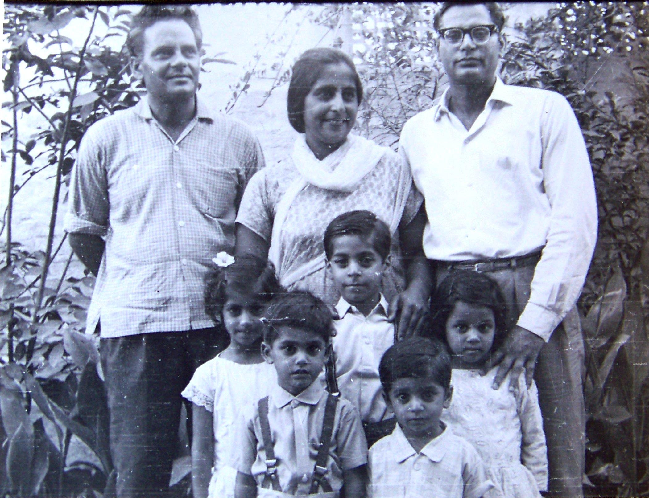 A Hameed Family 37 www_dareechah_com